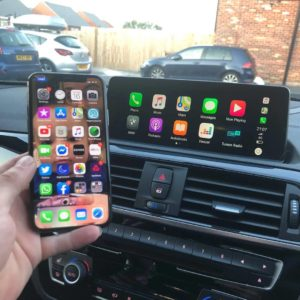 BMW M140i Fullscreen Carplay