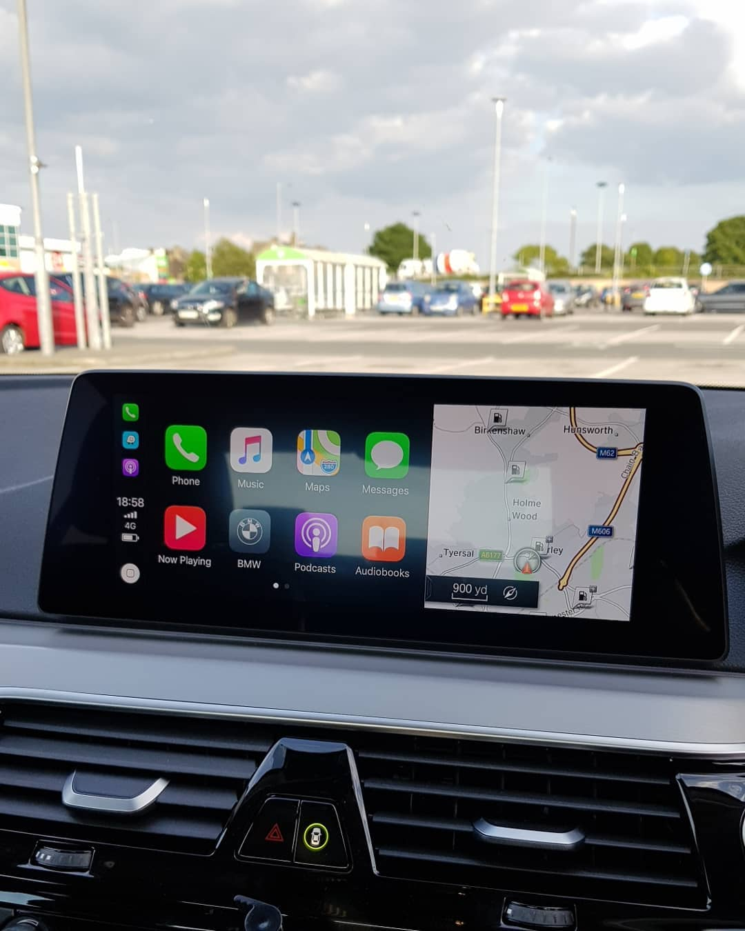 BMW 5 Series G30 Apple Carplay