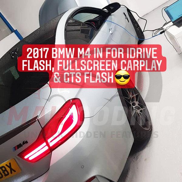 BMW-M4-Fullscreen-Carplay